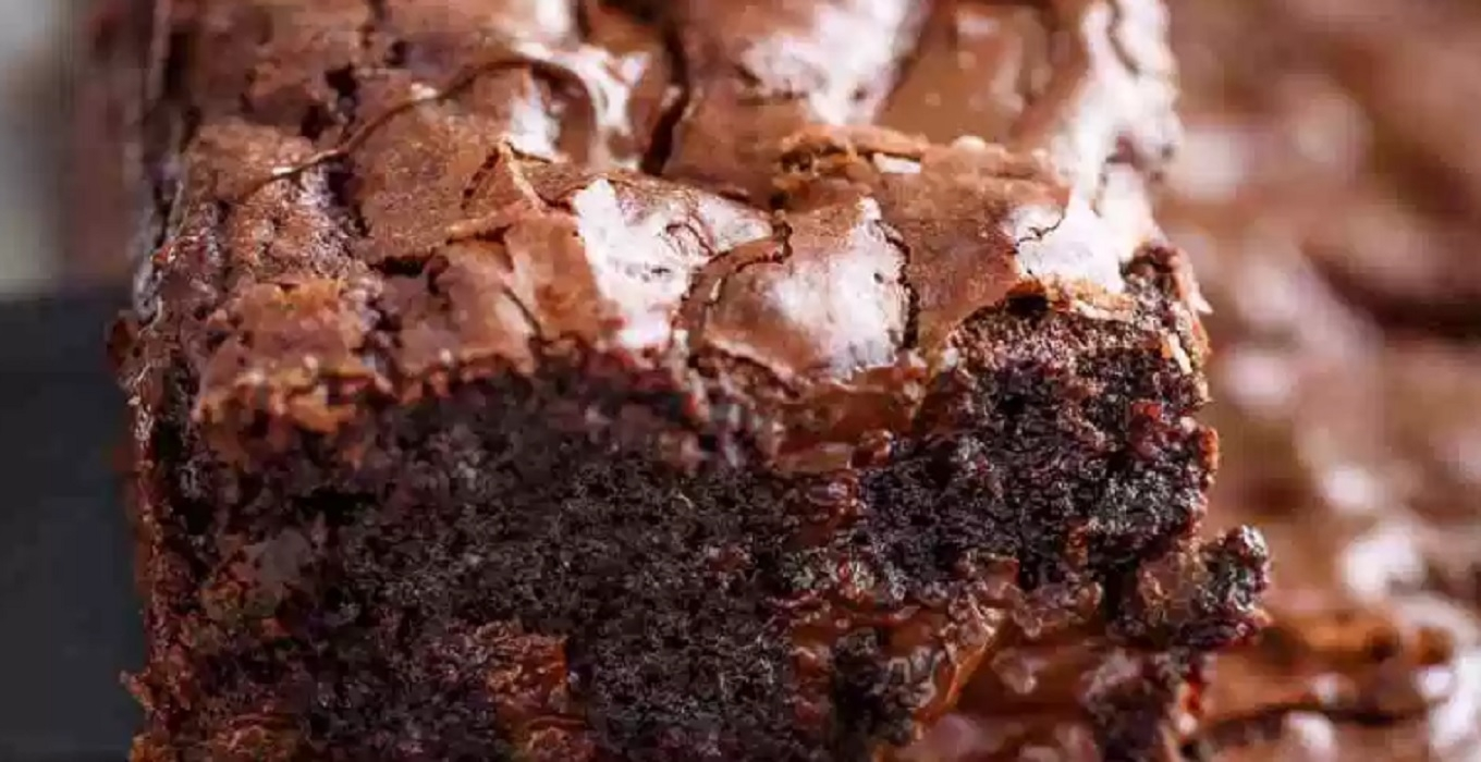 Recette:Brownies croustillants au fudge.
